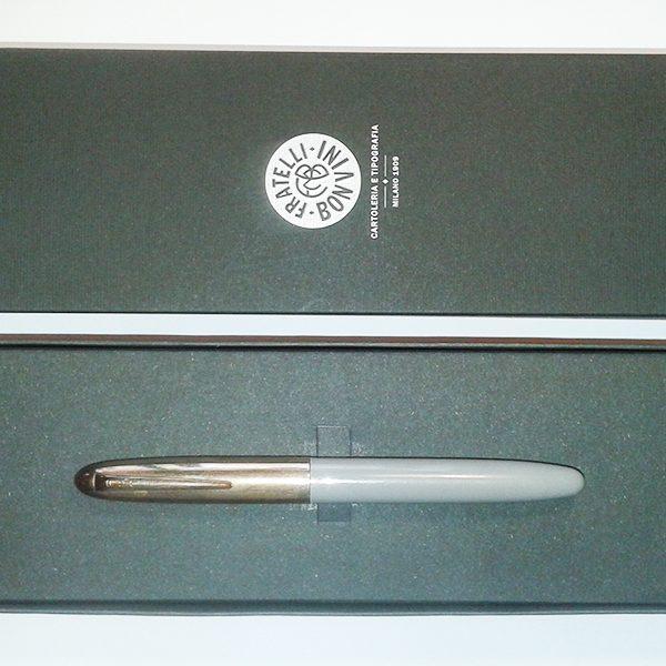 stylus-grigio-600_600